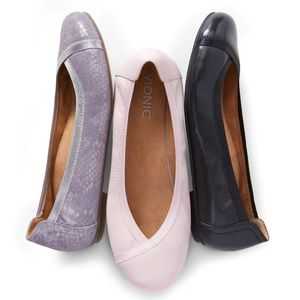 VIONIC Caroll Shimmer Lavender Flat Excellent Cond